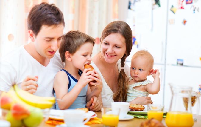 esempio di sana alimentazione del bambino