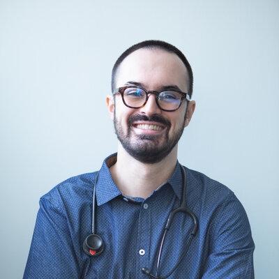cardiologo presso la clinica ATE Clinics, Beinasco (Torino)