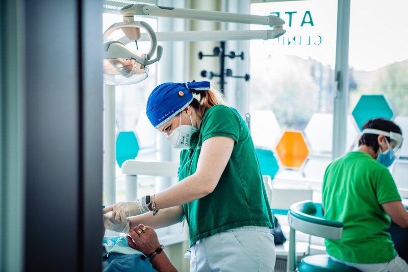 endodonzia presso la clinica ATE Clinics, Beinasco (Torino)