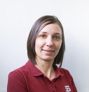 assistente alla poltrona presso la clinica ATE Clinics, Beinasco (Torino)